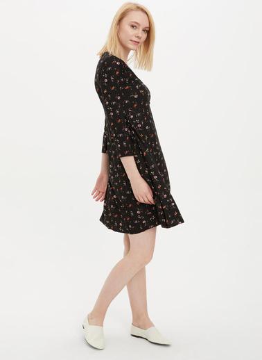 DeFacto Regular Fit Örme Elbise Siyah
